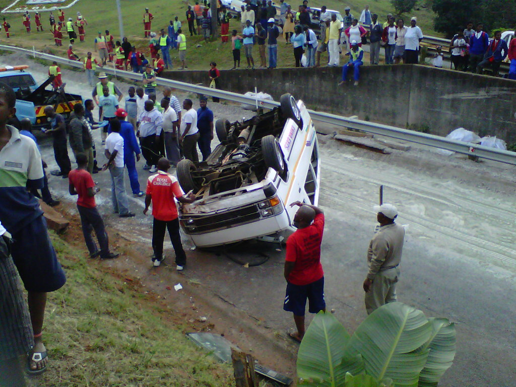 Eleven People injured In Umlazi Taxi Accident [Photos]