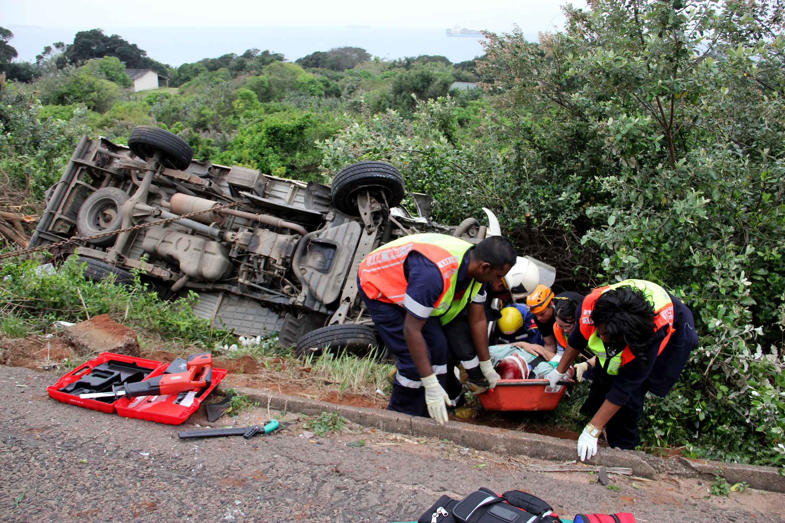 Fifteen injured in Durban M4 accident | Road Safety & Arrive