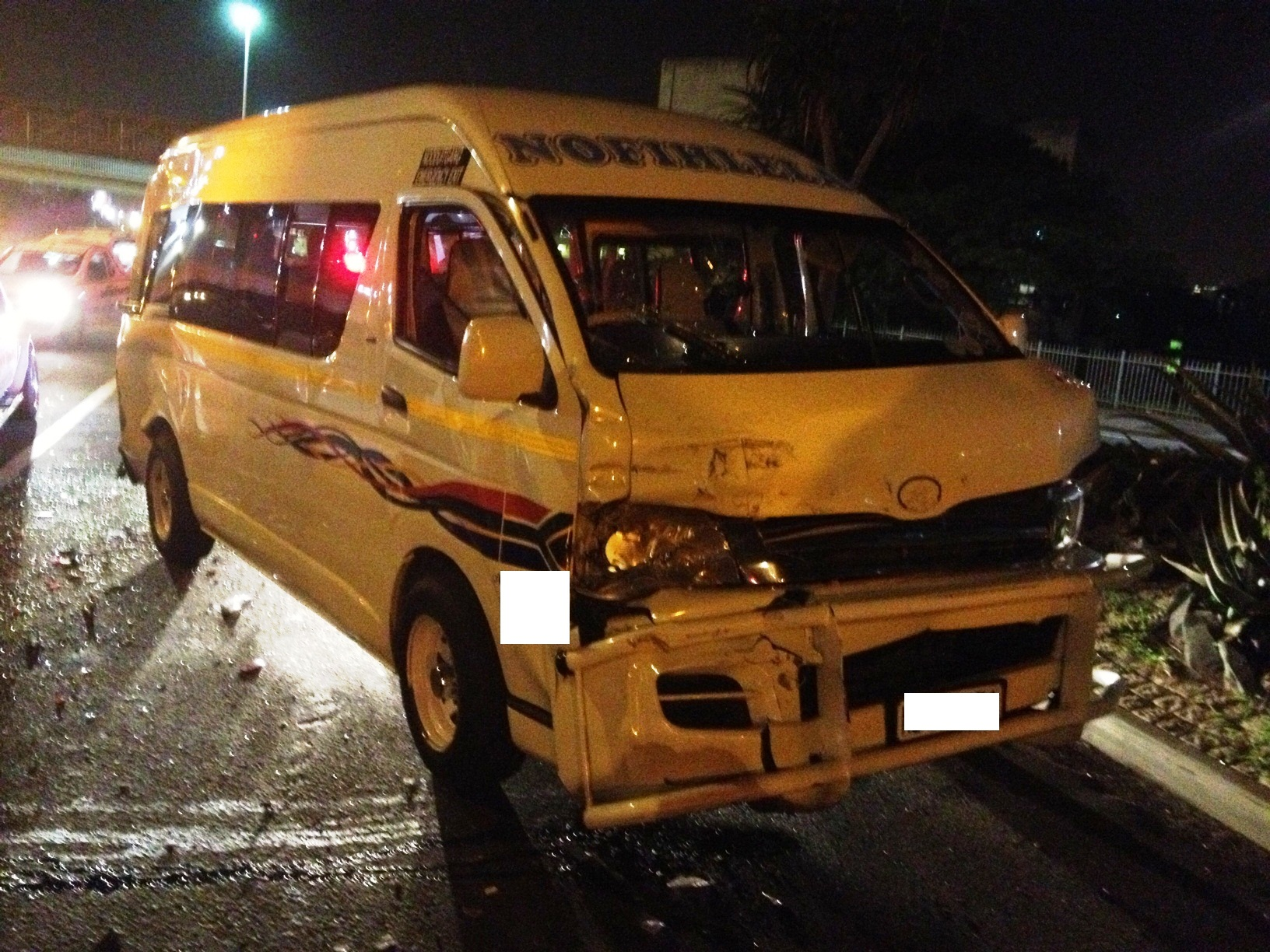 Taxi accident on Warwick Avenue on-ramp to the N3 leaves 5