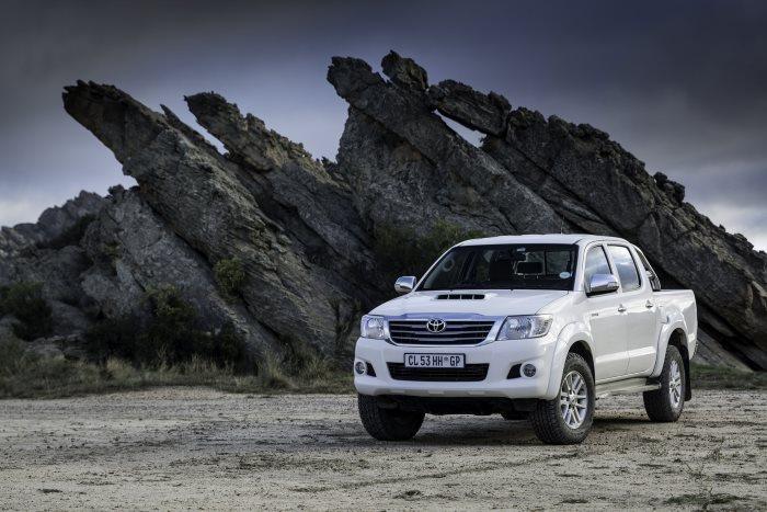 Toyota Kicks Off 2016 On A Sales High (2)