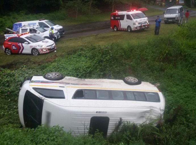 Taxi overturns injuring one near Pinetown