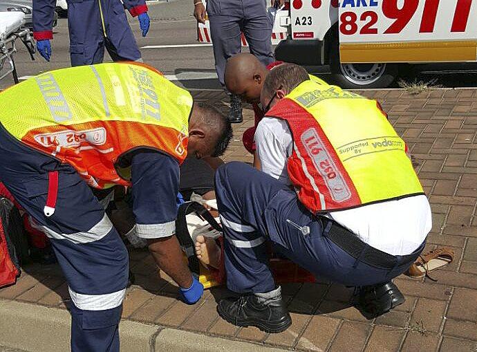 Two injured in Durban pedestrian crash