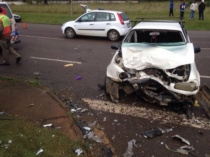 Taxi and car collide injuring 8, Howick. (1)