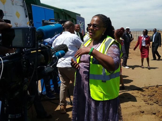 Minister Peters and Mayor Ramokgopa Showcase the Prasa People's Train for Public Viewing