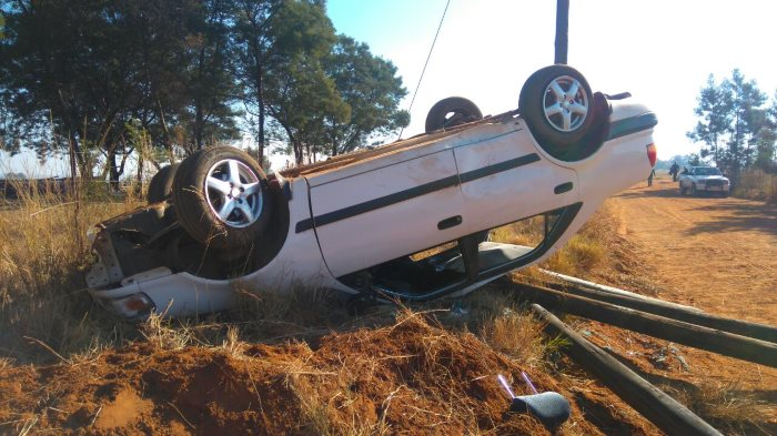 Bronkhorstspruit Woman of airlifted to hospital following rollover (1)