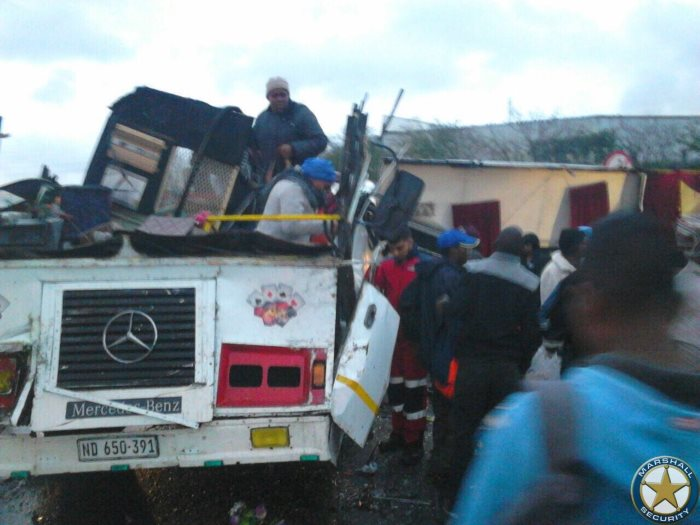 More-than-20-injured-following-a-collision-involving-two-busses-Old-North-Coast-Road-3